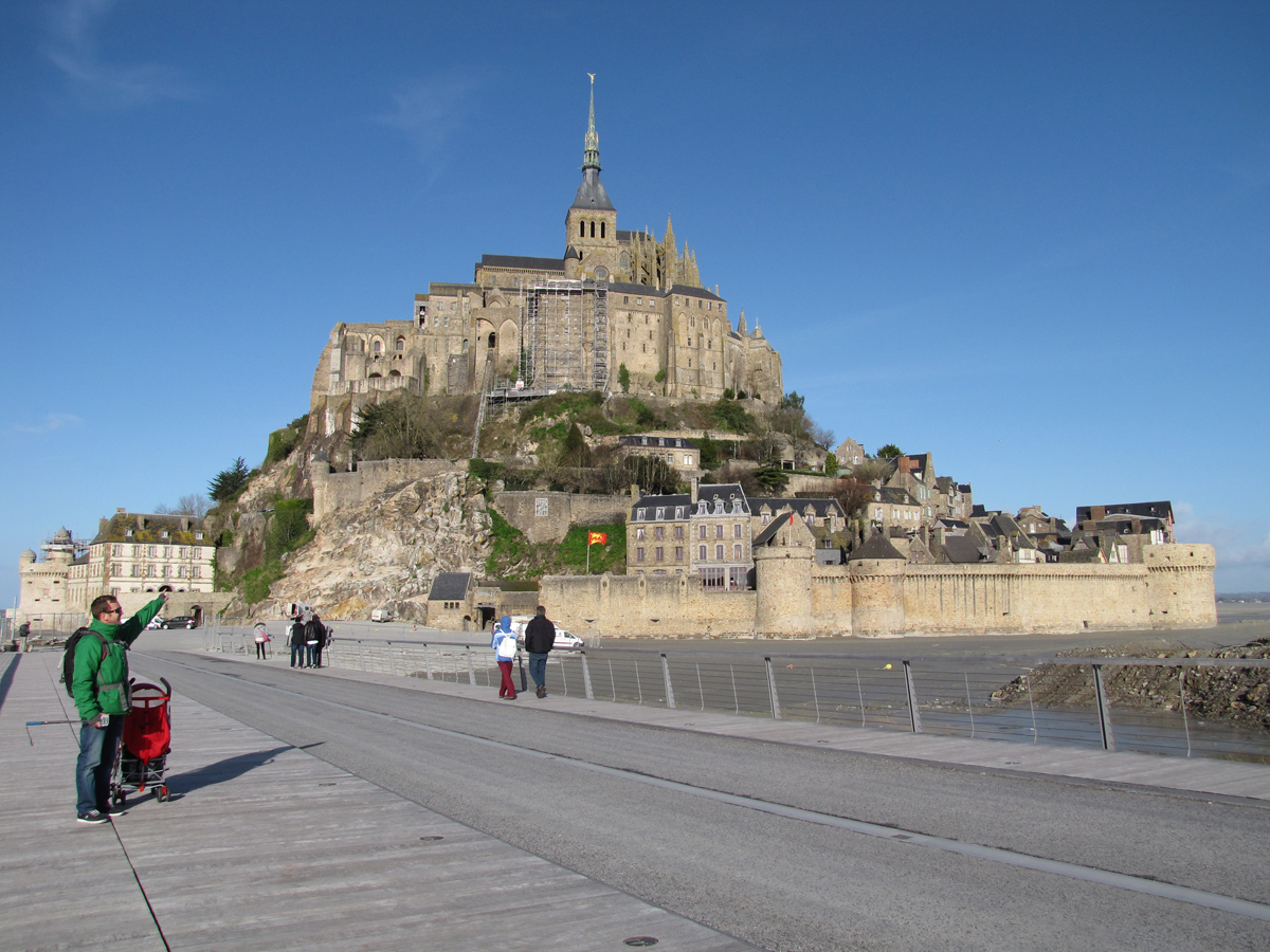 le mont saint michel avec un b b bretagne les 3 m en vadrouille blog voyage. Black Bedroom Furniture Sets. Home Design Ideas
