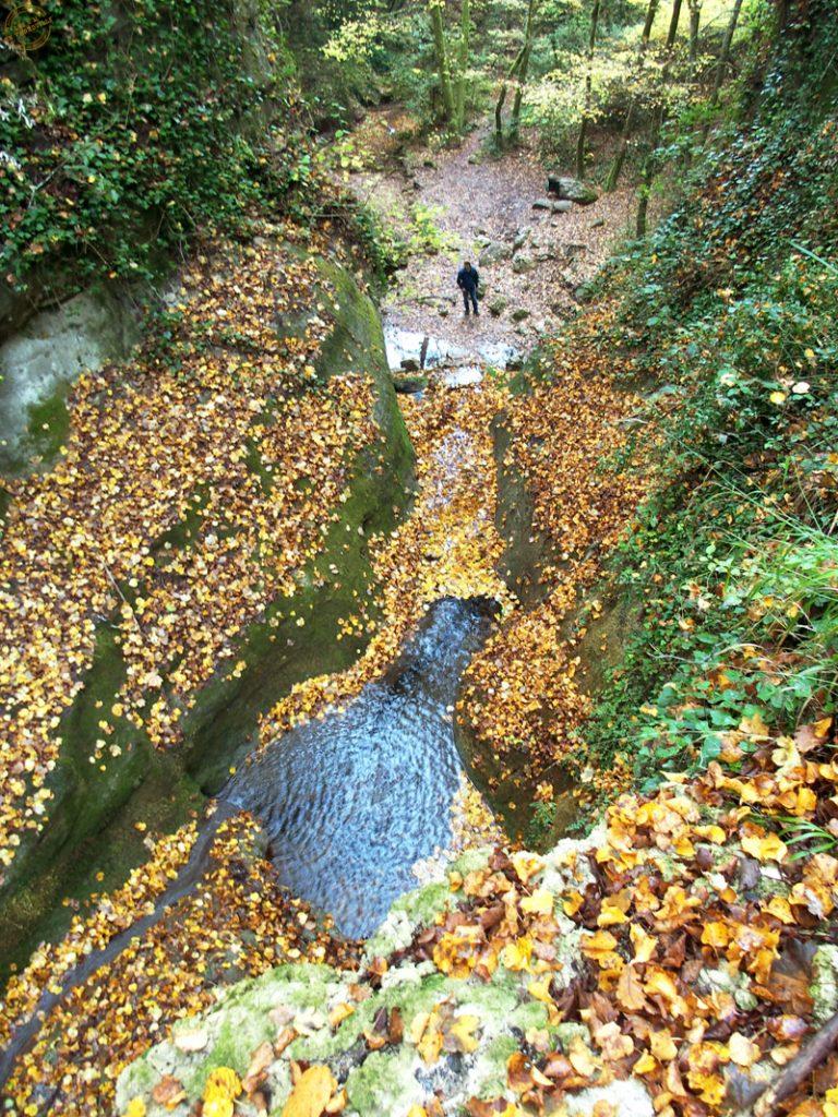 Au dessus de la cascade de Gourbachin
