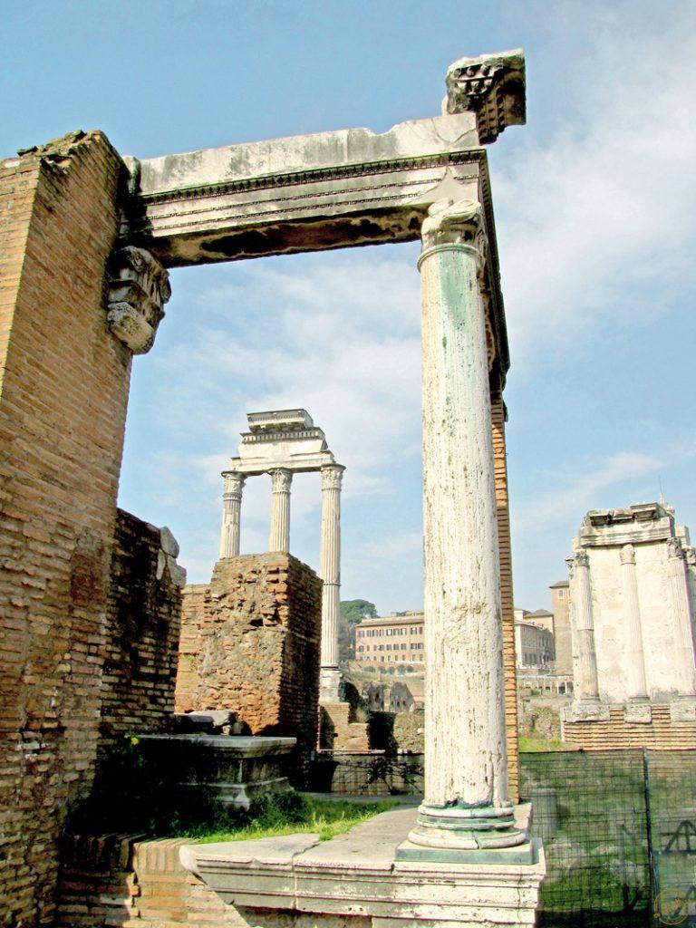 Colonnades au Forum
