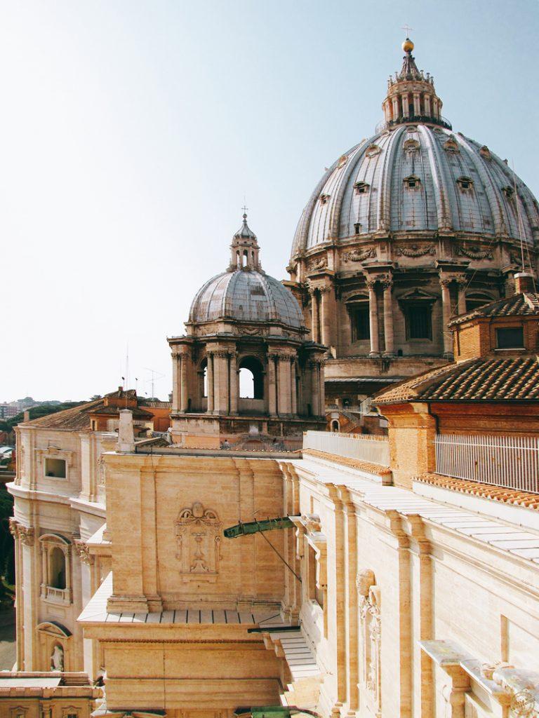 Sur la toiture de la Basilique